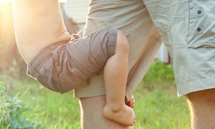 One in three children suffers from what is commonly known as 'growing pains'. Growing pains usually strike at night with children complaining of jumpy or achy legs. Growing pain stretches