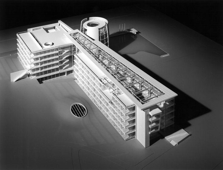 Bayer AG Headquarters – Richard Meier & Partners Architects