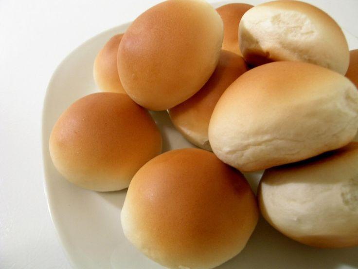 Начинки для пирожков. Румяные и аппетитные домашние пирожки украсят любой стол. Начинки для пирожков можно использовать любые – ягодные, овощные, творожные, мясные, рыбные, крупяные. Мясная начинка для пирожков бывает простая и в сочетании с другими ингредиентами -  капустой, грибами, картофелем, яйцом или рисом.