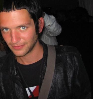 Molko...those eyes.