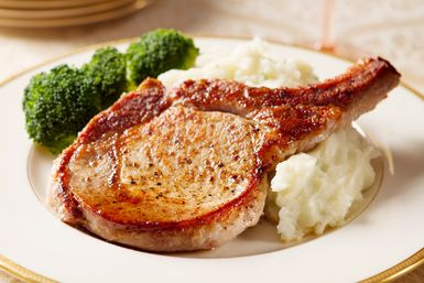 Perfect pork chops - boblin / Getty Images 1/25/16. Excellent flavor and cooked perfectly!!