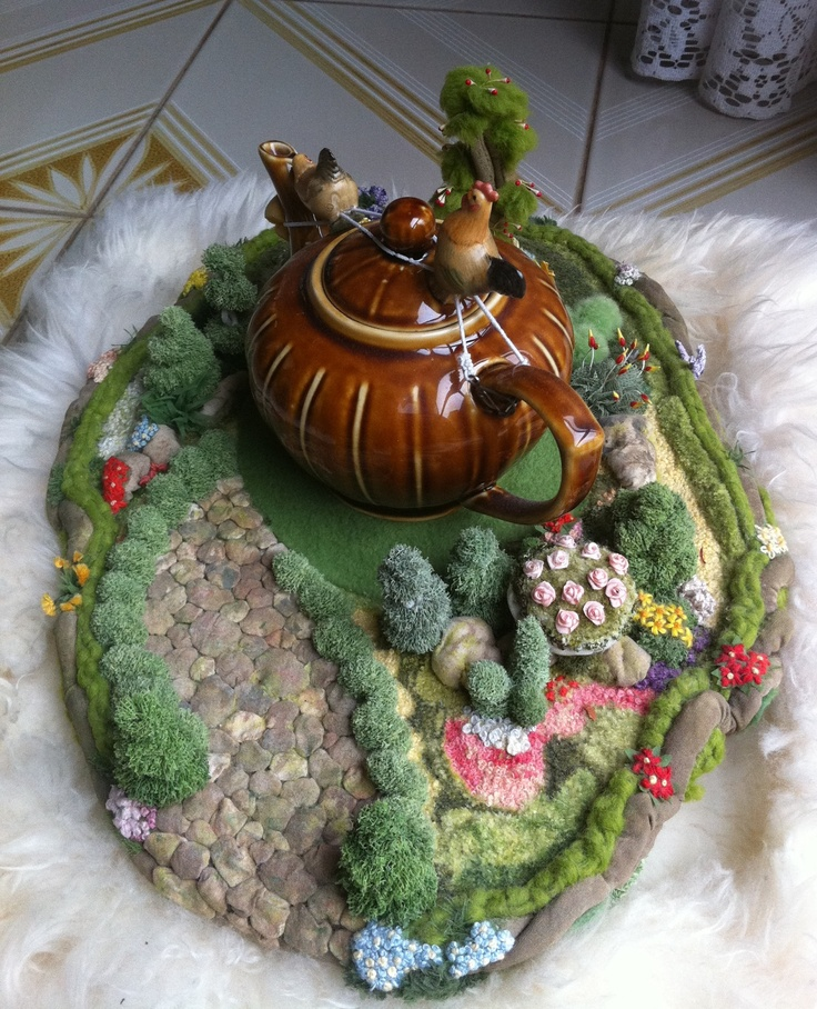 3D Embroidered Garden - Under the Tea Cosy