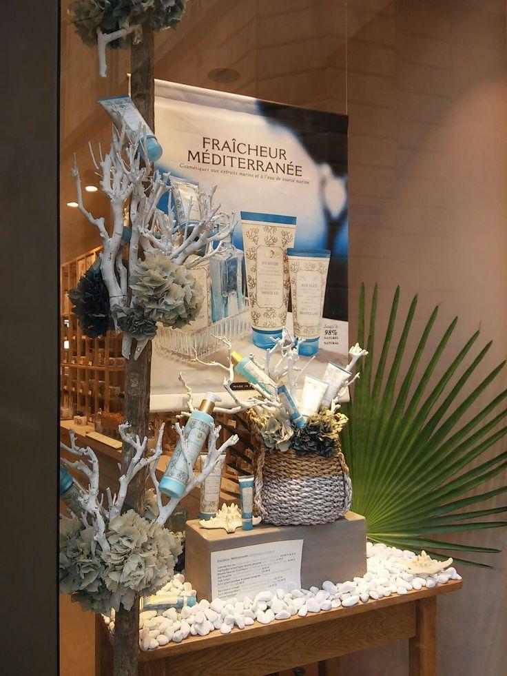 oltre 25 fantastiche idee su vetrine di fioraio su pinterest ... - Idee Arredamento Negozio Fiori