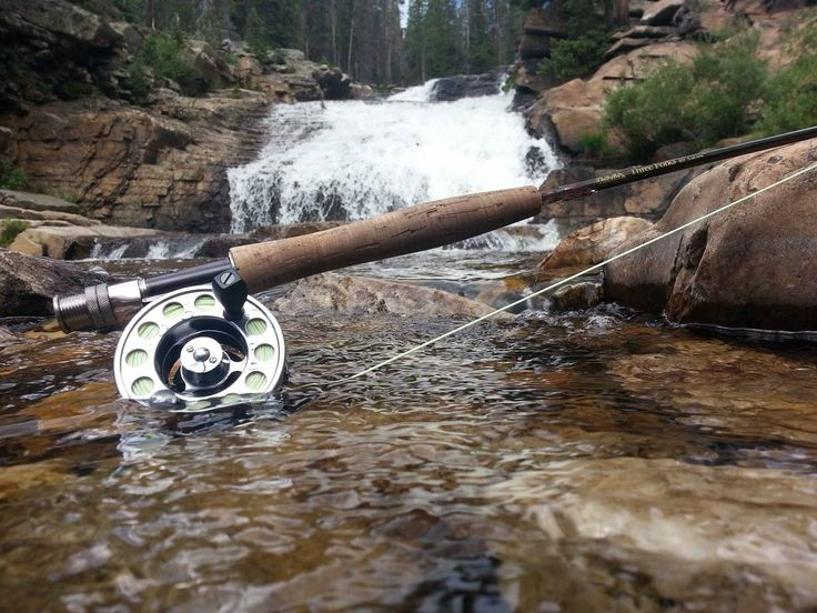 Cabela's fan Jonathan M.'s shot of the Three Forks Rod with LSR1 reel and sharkskin line.