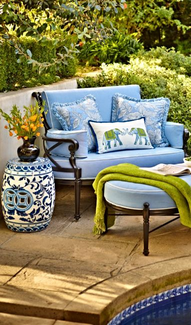 Inspired by the timeless beauty of 17th and 18th century European artisans, the Chinoiserie Garden Stool adds cultured charm to patios and garden sitting areas.
