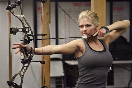 Bowhunting National Guard Soldier Is Competing For Miss America Crown
