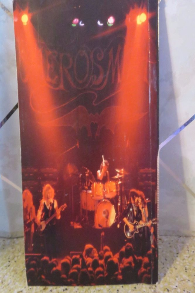 1991 Aerosmith Band Bio & Lyrics Program Book