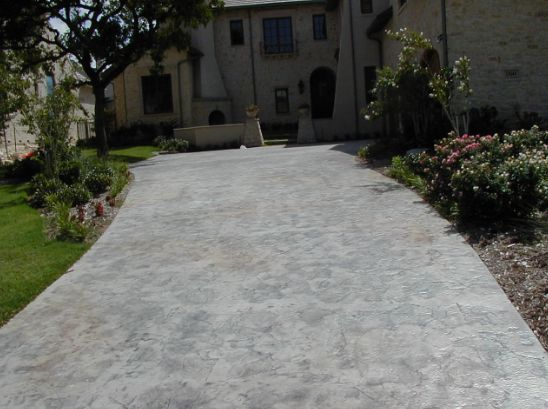 1000 ideas about concrete driveways on pinterest for Pouring concrete driveway