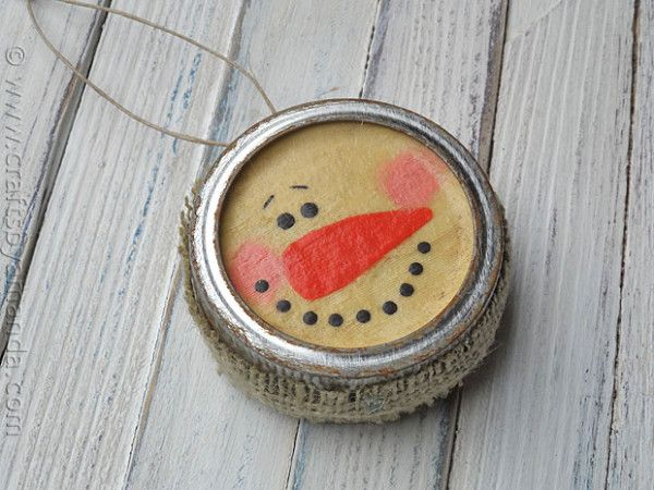 Antiqued Canning Lid Snowman - Crafts by Amanda