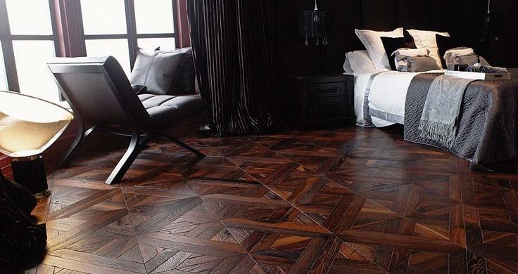 Porcelanosa Roble Ébano Luxor herringbone parquet flooring