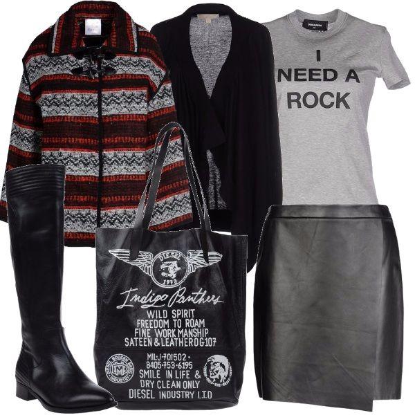 Gonna a portafoglio in pelle con chiusura sul fianco, t-shirt in cotone con stampa, cardigan nero con fondo asimmetrico, giacca in maglia con cerniera, borsa a spalla con doppio manico, stivale con tacco basso.
