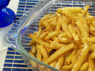 Há muito que andava paraexperimentara receita das Batatas Fritas com Paprica do livro de receitas da Actifry.Decide-me a experimentar, mas com um toque pessoal, usei outro tipo de…