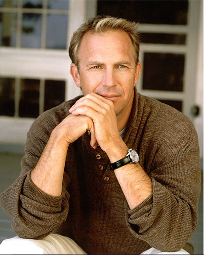 Kevin Costner...soooo easy on the eyes!