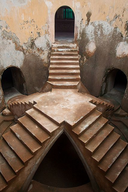 s-h-e-e-r: Stairs at the water palace by Peter Nijenhuis on Flickr. Sumur Gumuling is an underground mosque at the Taman Sari water palace. Yogyakarta, Java, Indonesia.