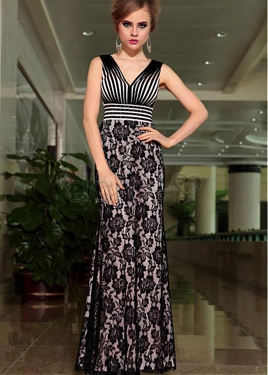 105 best Abendkleider images on Pinterest | Beads, Formal dresses ...