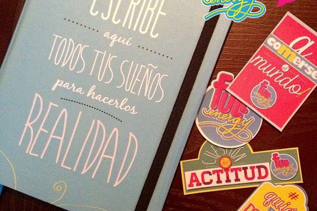 Libreta de los sueños + Juego de Stickers #FullEnergy, para que tu mundo fluya con toda la #FullEnergy. Un regalo perfecto para los amigos y la familia. Libreta $30.000 pesos colombianos más envío. Stickers $6.000 pesos colombianos más envío.  Pedidos a hola@radiocorchito.com.co ----> http://www.radiocorchito.com/fullenergy/