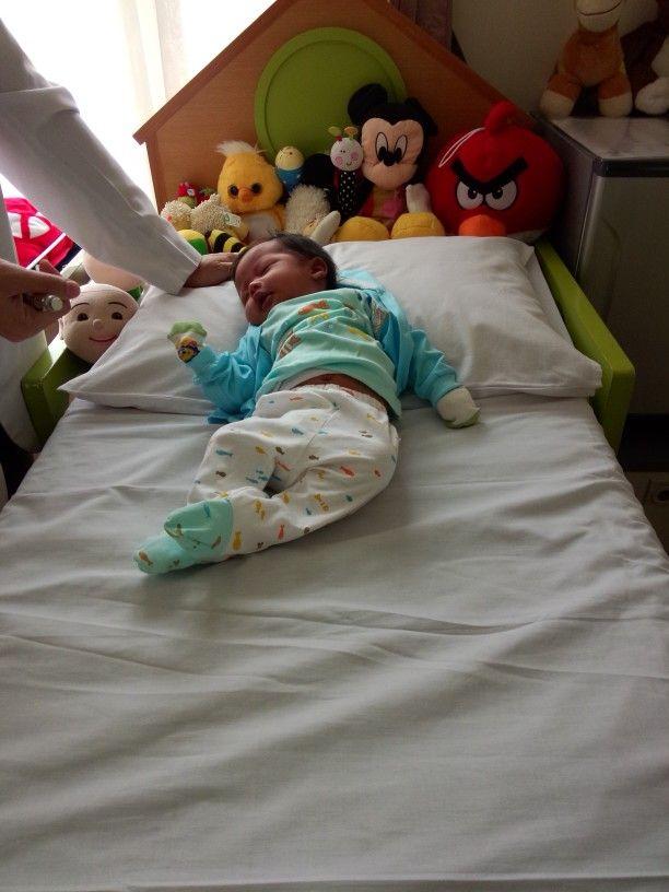 Baby alvaro with dr.Felix