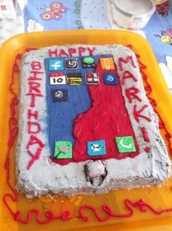 17 Best ideas about Ipad Cake on Pinterest Iphone cake ...