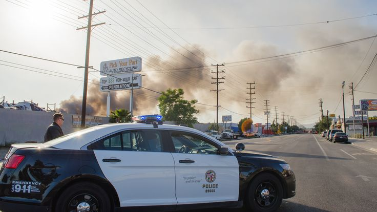 https://flic.kr/p/FXaHDb | Police, Smoke and Pick Your Part sign 4 | A fire broke out at Pick Your Part in Sun Valley on Sunday, April 17 '16 when a controlled burn being performed by the Los Angeles Fire Department (in cooperation with Pick Your Part) became an uncontrolled burn.