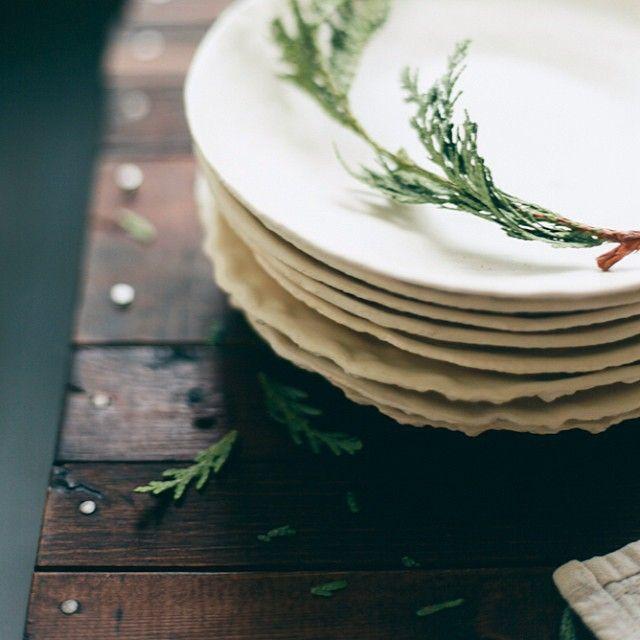 stack of white plates | dinnerware + tableware