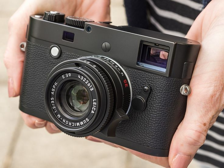 Leica's new Monochrom M camera brings the black-and-white-only concept up to date with the technological advantages of the latest M (Typ 240) and M-P cameras. The main changes are a switch from CCD to CMOS sensors, and thus the introduction of live view and a jump to 24MP, along with a much better rear screen.We went hands-on with the new black-and-white beauty. Read more