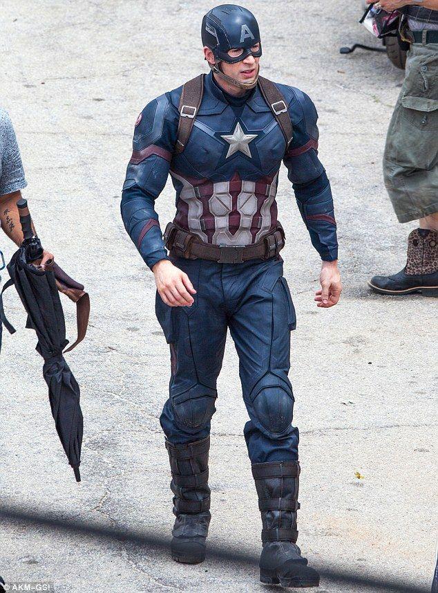 Chris Evans sur le tournage de Captain America : Civil War