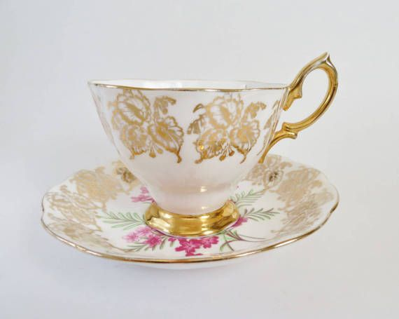 Royal Albert Tea Cup and Saucer, Teacup with Gold Trim Pink Flowers, Vintage Teacup 1950s, Bone China, Made in England, Gift for Tea Lover