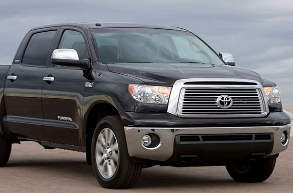 The 2012 Toyota Tundra in Orlando will be towing the space shuttle endeavor - this amazing truck already has a towing capacity of up to 10,000 pounds, but will be pulling over 300,000 during this journey! Learn more from Toyota of Orlando!     http://blog.toyotaoforlando.com/2012/09/2012-toyota-tundra-crewmax-in-orlando-to-tow-space-shuttle-endeavor/