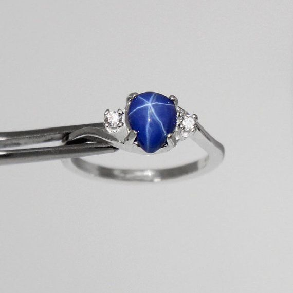Cornflower Blue Star Sapphire Sterling Silver Ring by TSNjewelry