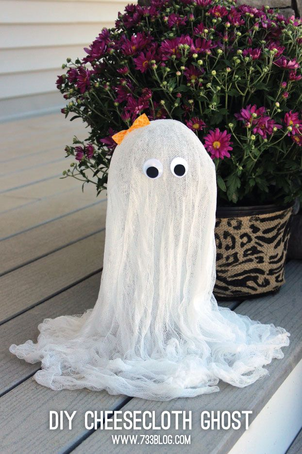 Cheesecloth Ghost Tutorial - Adorable Halloween Craft - Inexpensive Holiday Decor