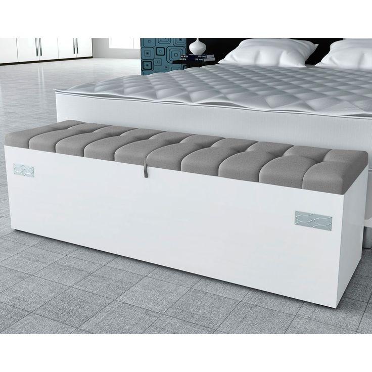 As calçadeiras garantem charme na decoração do quarto, são um complemento para a cama e são ótimos para a organização.
