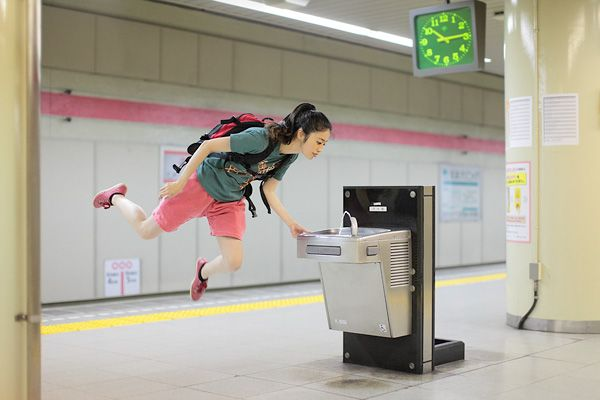 This girl levitates all over her city, and then blogs about ir. http://yowayowacamera.com/ So cute.