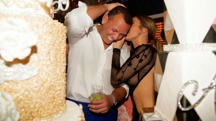 Alex Rodriguez Posts Sweet Birthday Tribute to 'Amazing' Girlfriend Jennifer Lopez - July 24, 2017 #girlfriendbirthday