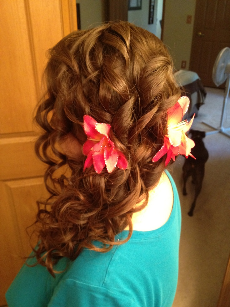 French braid side curls | Prom | Pinterest
