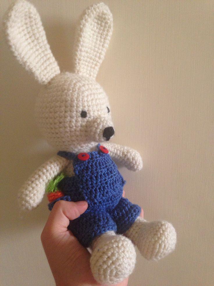 sweet little bunny:) #amigrumi #croshet #pattern #littlebunny