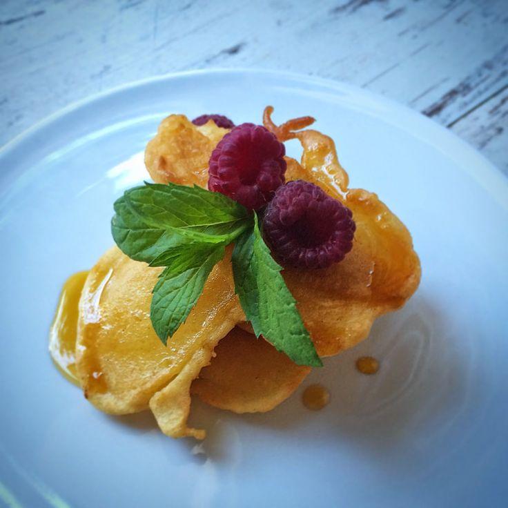 Kuchnia raz! : Jogurtowe placuszki nadziewane jabłkami
