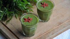 Boerenkool-peer-banaan-aardbeien smoothie