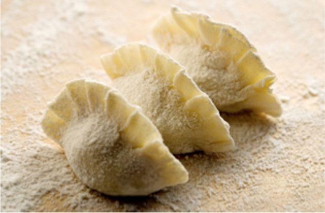 Une petite recette venue directement d'Asie pour clôturer cette semaine : les jiaozi, des raviolis chinois !