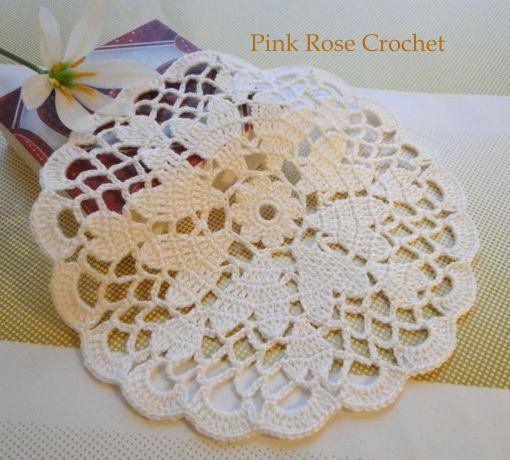 PINK ROSE CROCHET /: Centrinhos Coração Vermelho e Branco