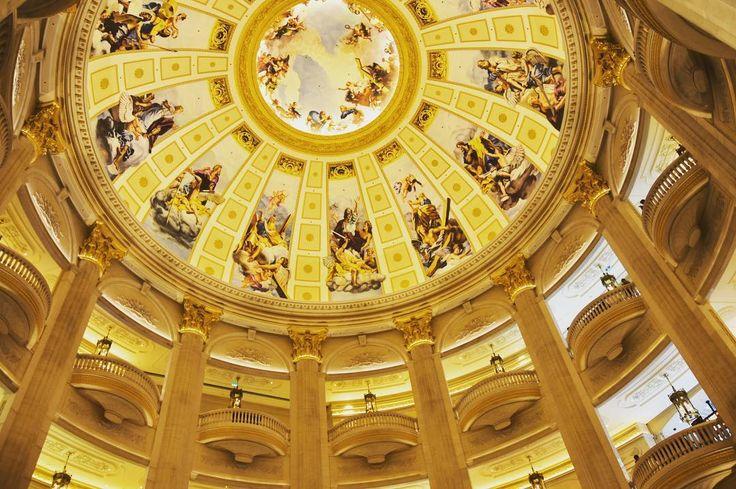 Parisian Macao #parisian #architecture #historical #cultural #parisian #macau #architecture #casino #shoppingcentre #entertainment #vegasinasia #paris #potd #photoofday #photography #explore #adventure #instapic #passionpassport #chinese #portuguese #historicalcity #instagood #instadaily #travel #travelgram #travelphoto #hkmacautrip  #backpack #bbctravel #world_besttravel http://tipsrazzi.com/ipost/1508803074767433649/?code=BTwWGcLh6-x