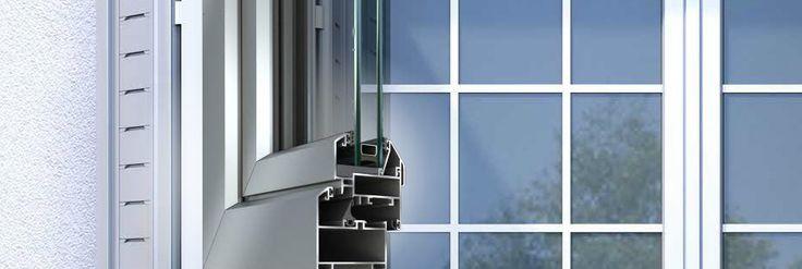 Porte e fineste a battente con isolamento termico elevato M11500. Varietà nel design dei profili disponibili, #finestre e balconi-finestra ad anta ribalta, profili per porte d'entrata, finestre a bilico in orizzontale o in verticale, ampia gamma di profili.