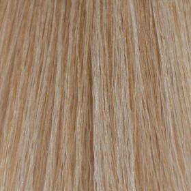 Βαφή ING 100ml Νο 11.1 - Ξανθό Πλατινέ Σαντρέ Η επαγγελματική βαφή μαλλιών ING είναι ένα καινοτομικό προιόν το οποίο θρέφει, ενυδατώνει και προστατεύει την τρίχα. Περιέχει άριστης ποιότητας χρωστικές ουσίες οι οποίες μένουν στην τρίχα  για μεγάλο διάστημα, ενώ έχει χαμηλή περιεκτικότητα σε αμμωνία  (2,5%). Εξασφαλίζει λαμπερά χρώματα μεγάλης διάρκειας και τέλεια κάλυψη των λευκών.  Αναλογία ανάμιξης με οξειδωτική κρέμα ING: 1:1,5 (δηλαδή 1 βαφή  με 150ml οξειδωτικής κρέμας). Τιμή €3.90