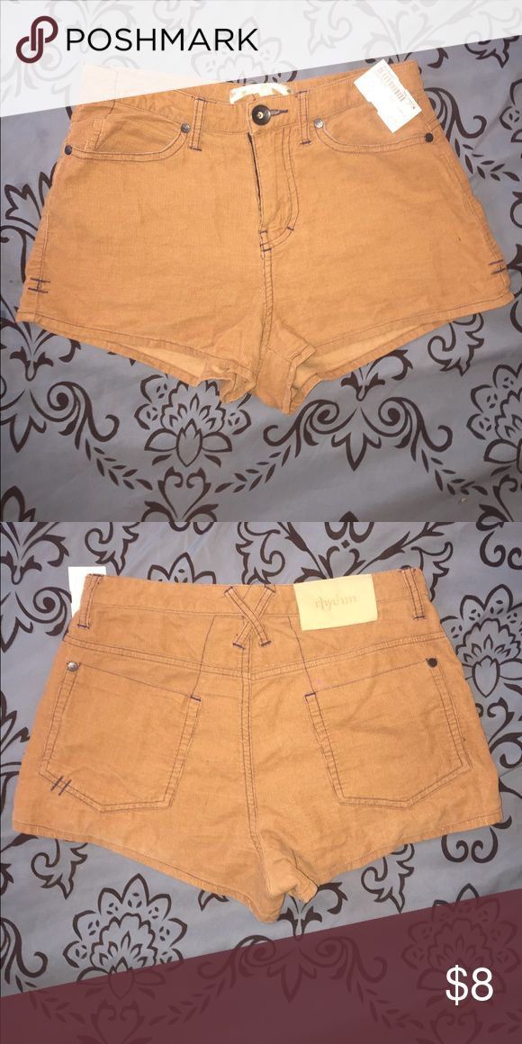 Beige shorts Beige shorts that are still in good condition. Size 4 rhythm Shorts Jean Shorts