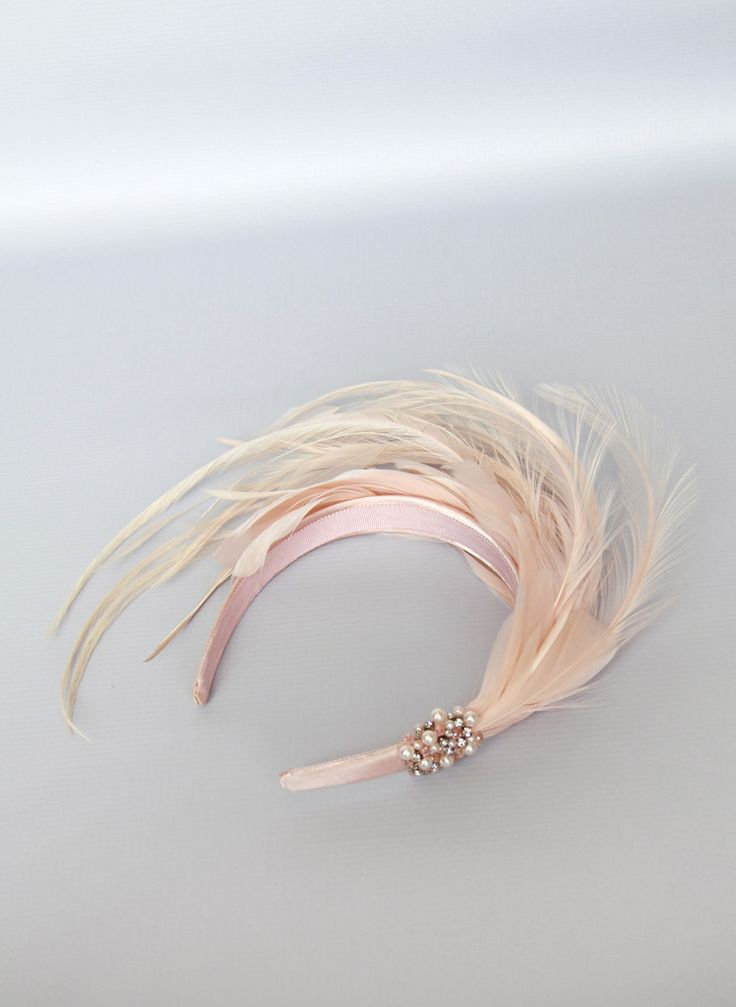 Giovannio Jewel Feather Headband in Pale Pink