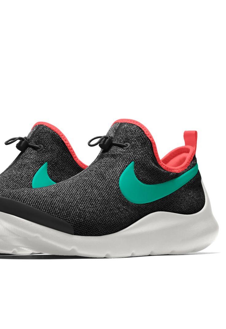 NIKE APTARE iD 'Yeezy' @ Nike US