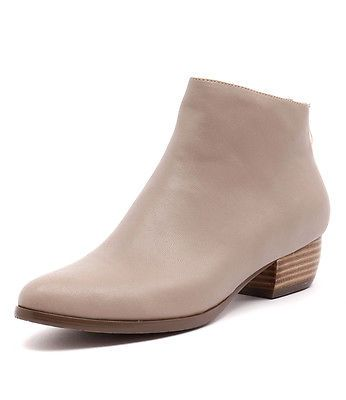 Django & Juliette Ticket Latte Women Shoes Casuals Boots Heels
