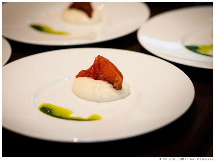Food photography in weddings. www.fatmonkey.no