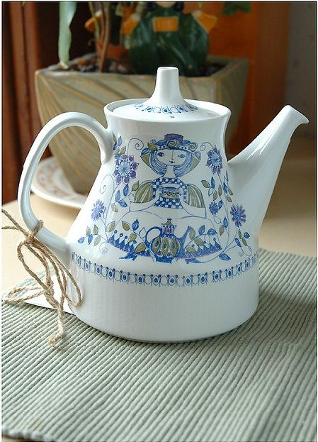 Figgjo Flint Turi Design Lotte teapot ~ Norway