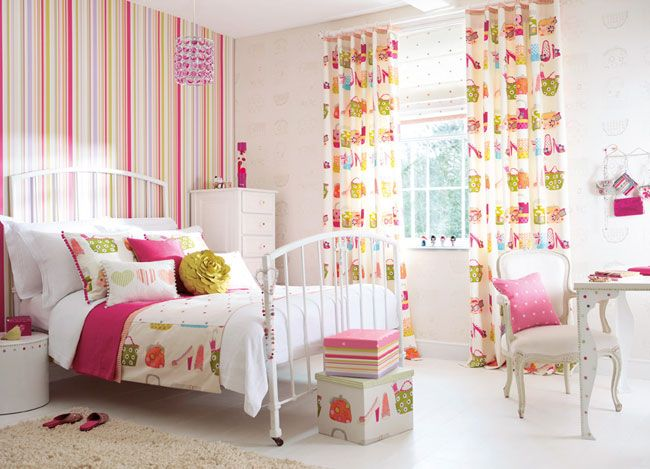 Çocuk, genç, yatak odası duvar kağıtları, kumaşları (HARLEQUİN)  http://www.dhtasarim.com/cocuk-genc-yatak-odasi-duvar-kagitlari-kumaslari-harlequin.html#