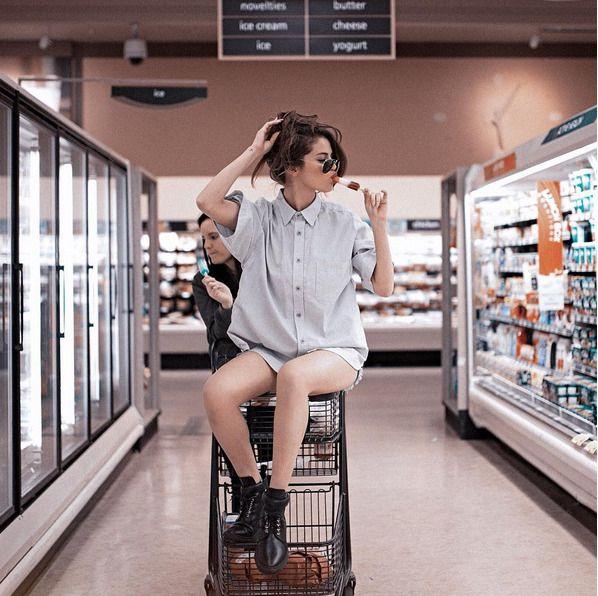 Лук дня: Селена Гомес на новом фото в Инстаграм